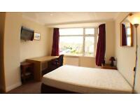 Large Double room to Let in Luxury Houseshare. ALL BILLS INCLUDED! Walking to MOD,Airbus,RollsRoyce