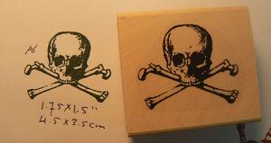 Skull and bones  rubber stamp WM P6