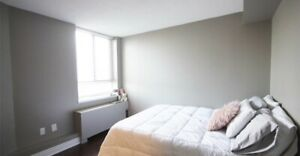 2 MIN WALK TO CN TOWER- SUBLET FROM JUNE 1 TO AUGUST 1