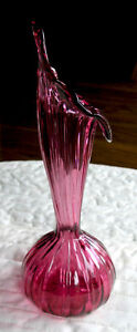 Jack In The Pupit Cranberry Vase Kitchener / Waterloo Kitchener Area image 2