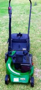 VICTA 2 stroke mower with catcher, reliable start Pendle Hill Parramatta Area Preview