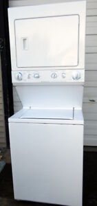Fridgidaire stackable washer And dryer - Very Good condition