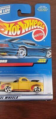 1069 Hot Wheels '40 Ford