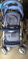 Graco stroller with cup holders & storage underneath