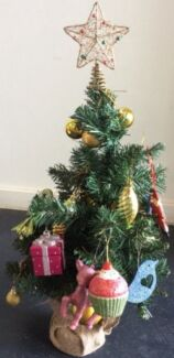 Mini Table Christmas Tree 61 cm with ornaments