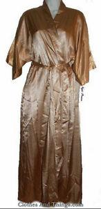 NEW - Satin Nightgown and Long Robe Set Gatineau Ottawa / Gatineau Area image 5