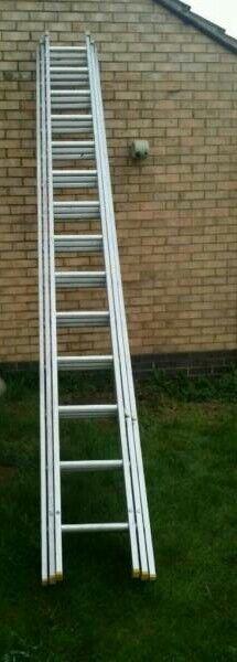 Lyte Industrial 14 Rung 3 section heavy duty aluminium ladder