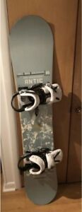 Snowboard RIDE 162cm avec fix BURTON Triade