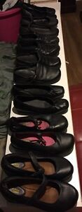 Ladies safety slip resistant shoes - 9 pairs (size 9)