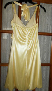 BEAUTIFUL GRAD DRESS - size XS from Le Chateau Peterborough Peterborough Area image 2
