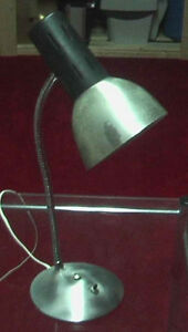White IKEA desk lamp, Very decorative. BED light West Island Greater Montréal image 4