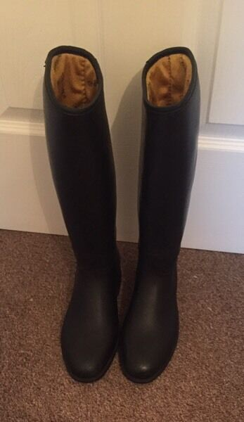 Horse riding boots by Harry Hall - long size 3UK