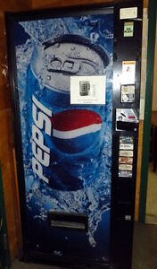 Pepsi Vending machine- Cold Drinks Excellent condition, New Coi