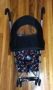 ALMOST BRAND NEW UMBRELLA STROLLER USED 2 TIMES ONLY