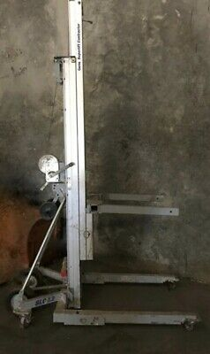 GENIE Equipment Lift 650 lb SLC-12 for 12 foot lift