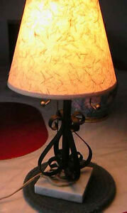 White IKEA desk lamp, Very decorative. BED light West Island Greater Montréal image 9
