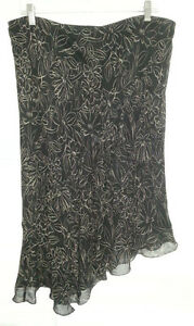 Black Silk Flirty Skirt - Size XL - NEW Gatineau Ottawa / Gatineau Area image 1