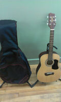 3/4 size guitar & gig bag for smaller players
