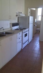 2 Bdrm 2nd Floor 1188 Wyandotte E. (at Pierre) $750 Avail Immed.