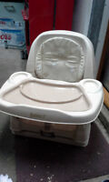 booster chair very clean make offer