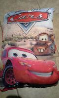 Livre oreiller Disney plus chaise Cars