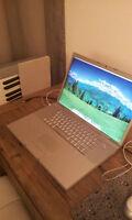 17 inch Apple Macbook Pro. Model A1261 Laptop