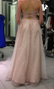 BEAUTIFUL LE CHATEAU DRESS- worn once at prom-!!!! OBO Peterborough Peterborough Area image 1
