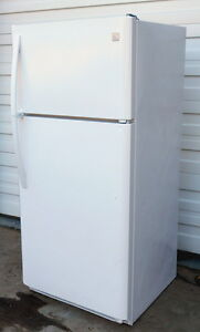 Kenmore fridge - very good Condition, Clean, Cold, Mid-size