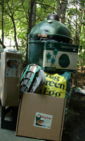 Brand New BIG GREEN EGG - Large - Deluxe Package