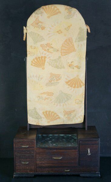 Japan vintage Kyodai mirror cabinet 1930s Geisha furniture craft