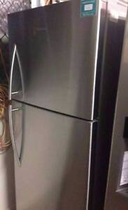 Hisense 400Ltr Fridge factory second hand 12 Months warranty Yeerongpilly Brisbane South West Preview