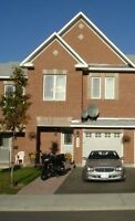 Barrhaven Townhouse for rent - $1495 + util. Avail 01-SEP-2015