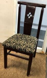163 Restaurant chairs and 40 table package  - in very nice condition