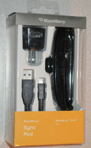 Blackberry Torch 9800 9810 sync/charging dock * LIKE NEW*