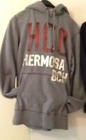 HOODIE           HOLLISTER Gray size adult  M.
