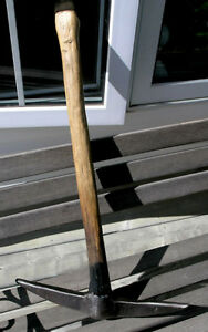 Miners Pick Axe With Original Handle (Vintage)
