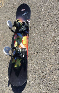 **Reduced** Youth snowboard with bindings 125cm