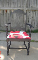 ANTIQUE ORNATE ACCENT CHAIR BLACK W/ RED POPPY SEAT - STURDY