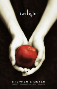 book: Twilight by Stephenie Meyer : Twilight  :LikeNEW