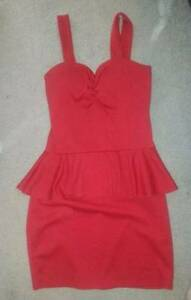 Never worn+pre-owned womens dresses. Floral peplum lace sizes M/L Woy Woy Gosford Area Preview