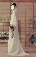 Robe de mariée unique, créée sur mesure (dentelle et capuchon)