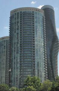 Room for Rent with separate Washroom near square one @Absolute