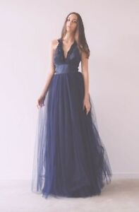 BRAND NEW FORMAL GOWN - NEVER WORN - NAVY TULLE - Size XS