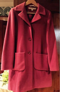 Ladies winter coat; size 8