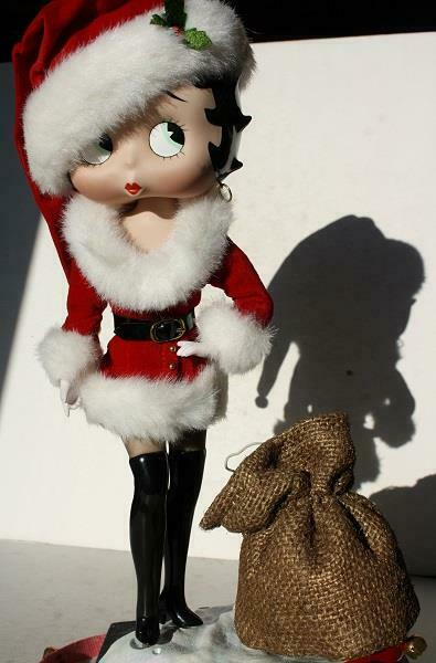 Betty Boop Figurine Sexy Mrs.Santa Porcelain Danbury Mint Collector Syd Hap-CUTE