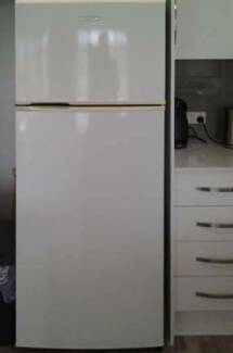 Glass shelving 302L Simpson Top Mount Fridge.CAN DELIVERY Box Hill Whitehorse Area Preview