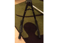 Acoustic / electric guitar stand