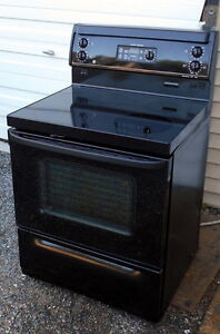 GE Smooth top Stove- convection , Self-Clean