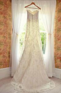 Beautiful Lace Wedding Dress Sz 4-6