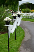 Beautiful & unique outdoor wedding aisle stands